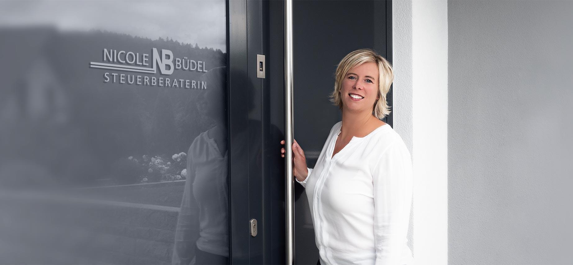 Nicole Büdel - Steuerberaterin - Teaser